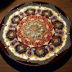 #моитарелки #подарок #точечнаяроспись #pointtopoint #plate #craft #тарелочка #тарелканазаказ #творчество #моётворчество #gift #mandala #present