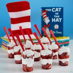 Cat in the Hat Parfait Idea - Design interests Boys First Birthday Party Ideas, Dr Seuss Birthday Party, 2nd Birthday, Dr Seuss Party Ideas, Dr Seuss Snacks, Dr Seuss Activities, Dr Seuss Day, Dr Suess, Cat In The Hat Party