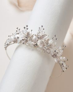 Flower Tiara, Flower Crown Wedding, Floral Wedding, Crown Flower, Flower Crowns, Rose Wedding, Wedding Flowers, Silver Wedding Crowns, Silver Tiara
