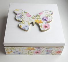 Redy to ship! Butterfly box with floral print in pastel colour. Decoupage box, decorated wood jewelry box, handmade card box, keepsake