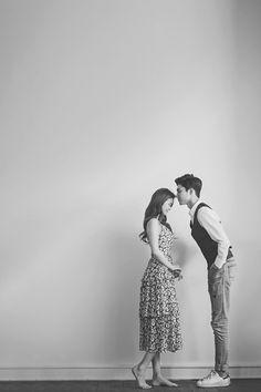 고퀄리티 세미웨딩, 웨딩촬영 + 웨딩드레스 + 웨딩슈즈 + 소품 + 선물 = 15만원 Wedding Couple Poses Photography, Wedding Poses, Foto Wedding, Photoshoot Concept, Korean Wedding, Pre Wedding Photoshoot, Wedding Photo Inspiration, Cute Couples, Marriage Pictures