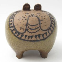A Lisa Larson stoneware dog
