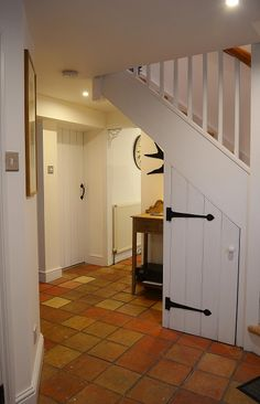 Bank Cottage - With numerous original features such as the Norfolk pamment tiled floor in the entrance hall and kitchen this cottage has a real sense of history