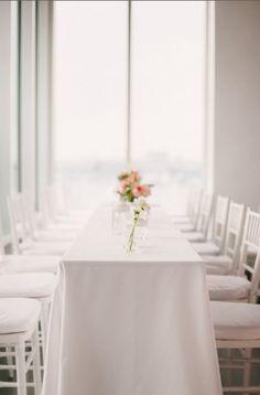 simple minimalist wedding table