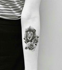 Tattoo Ideen Erstes Tattoo Ideas de tatuajes Primer tatuaje # Ideas The post Ideas del tatuaje primer tatuaje appeared first on Crystal Wilson. Trendy Tattoos, Popular Tattoos, Cute Tattoos, Beautiful Tattoos, Small Tattoos, Tattoos For Women, Small Lion Tattoo For Women, Lion Head Tattoos, Leo Tattoos