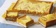 Cortadillos de queso y calabaza (Pumpkin swirl cheesecake squares) - Anna Olson Pumpkin Swirl Cheesecake, Cheesecake Squares, Best Cheesecake, Cheesecake Recipes, Dessert Recipes, Fun Recipes, Delicious Desserts, Yummy Food, Food Network Uk