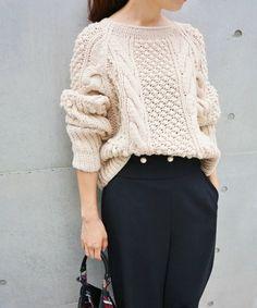 【ZOZOTOWN|送料無料】IENA(イエナ)のニット/セーター「手編みケーブルプルオーバー◆」(17080900804030)を購入できます。