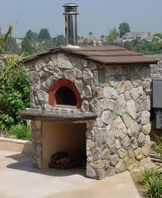 Outdoor pizza oven Outdoor pizza oven by oliveto via Fli Pizza Oven Outside, Pizza Oven Outdoor, Outdoor Cooking, Wood Oven, Wood Fired Oven, Outdoor Rooms, Outdoor Living, Outdoor Kitchens, Bread Oven