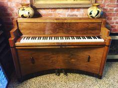 Steck-Art-Deco-Nogueira-Piano-Vertical-Console