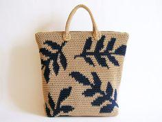 Au crochet motif pour feuilles sac à dos. Pratique tapisserie au crochet pour former un dessin. Cartes avec les symboles, les instructions écrites et des images