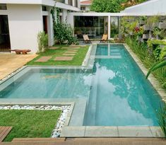 garden Design Pool - 109 Garden design pictures and rules for a beautiful outdoor area Small Swimming Pools, Small Pools, Swimming Pools Backyard, Swimming Pool Designs, Pool Landscaping, Lap Pools, Backyard Pool Designs, Small Backyard Pools, Outdoor Pool