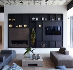 {Modern Decor Inspiration} 60 Beautiful Interiors by Piet Boon - Hello Lovely Top Interior Designers, Modern Interior Design, Modern Decor, Living Room Interior, Home Interior, Living Room Designs, Living Spaces, Modern Wall Units, Beautiful Interiors