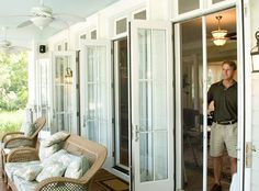 Stowaway Retractable Screen Doors. Screenmobile provides a wide variety of screen doors, styles and colors. Screenmobile of Nashville