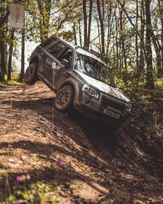 The Freelander 2 in action, or the as our friends of the American persuasion have it tagged. The towbar was the vehicles real… Freelander 2, Land Rover Freelander, Grand Vitara, Range Rover, Toys For Boys, Land Cruiser, 2 In, Offroad, 4x4