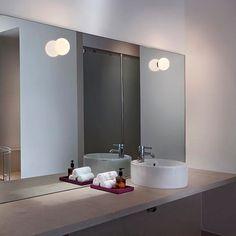 Mini Glo-Ball C/W: Scopri la lampada da parete e soffitto Flos modello Mini Glo-Ball C/W