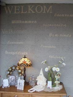 Just finished the wall (entering the shop Antiek & Interieur Den Ouden Overzet, Melsele).