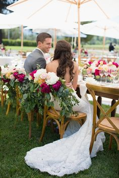 Those chairs! l TheKnot.com
