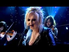 Cyndi Lauper - Time After Time (Official Live 2012)