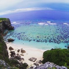 【aidiotbeachtrip】さんのInstagramをピンしています。 《     #与那国島 ✨✨ #六畳ビーチ ✨✨  #沖縄 #離島 #旅行 #海 #空 #カコソラ #景色 #風景 #okinawa #yonaguni #yonagunijima #japan #beach #sky #bluesky #travel #traveling #instatravel #instago #trip #beachtime #beachlovers #seaside #vacation #landscape_lover #awesome #landscape #tbt》