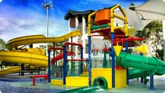 Seruuuu berada di wisata air ini. Swimming pool pasir ris complex,banyak orang yang belum tau keberadaan water park ini loh,karna berada di daerah pasir ris,yang kebanyakan orang jarang untuk mampir2 ke daerah ini kalau berkunjung ke Singapore. Tempat wisata ini gak kalah seru loh dengan water cave yang ada di Sentosa...Maka nya kalau ke Singaporw jangan lupa datang berkunjung ke water park pasir ris complex ini yaaaa #SGTravelBuddy