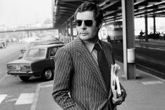 Marcello Mastroianni. The Ph D level of style: up there with Agnelli, Cary Grant, Steve McQueen....Marcello
