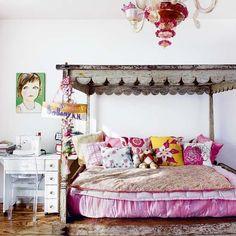 Google Image Result for http://housetohome.media.ipcdigital.co.uk/96%257C00000ebbb%257C2886_orh550w550_Designer-New-York-town-house-tour-Livingetc-bedroom.jpg Balinese Decor, Pretty Bedroom, Dream Bedroom, Girl Decor, Kids Room Design, Little Girl Rooms, Bedroom Colors, Teen Bedroom, Bedroom Ideas
