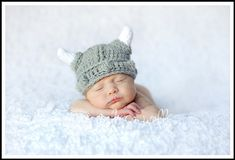 One of these days some little baby is going to get this hat. I'm still behind on my baby knitting, though...