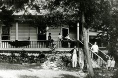 How the cottage originally looked ca. 1911. Note: the paint color was a light green with dark green trim at this time.