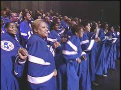 I'm Not Tired Yet - Mississippi Mass Choir looooooooooove!!!
