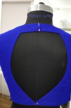 14 inches back Depth Shagun Blouse Designs, Indian Blouse Designs, Brocade Blouse Designs, Saree Jacket Designs, Blouse Back Neck Designs, Stylish Blouse Design, Fancy Blouse Designs, Bridal Blouse Designs, Lahenga