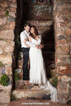 Fotografía postboda en Elche. Reportajes de boda, preboda y postboda. Realizamos vídeo y fotografía de boda. Ponte en contacto con nosotros.
