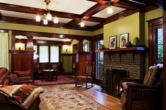 Stunning Craftsman Style Carriage House Plans Best Design Ideas In Arts And Crafts Bedroom Luxury Home Interior Designer Style Craftsman Home Decor, Craftsman Living Rooms, Craftsman Style Kitchens, Craftsman Interior, Small Living Rooms, Craftsman Cottage, Craftsman Fireplace, Family Rooms, Log Home Decorating