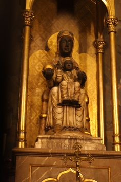 The Black Madonna in Barcelona (photo by nancy bortz)