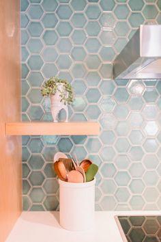 Hexagon Tile Backsplash, Hexagon Tile Bathroom, Patterned Kitchen Tiles, Fireclay Tile, Hexagon Tiles, Blue Tiles, Wall Tiles, Rustic Blue, Tile Installation