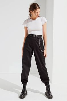 GIA Cobain Relaxed-Fit Chain Pant- I.GIA Cobain Relaxed-Fit Chain Pant Shop I.GIA Cobain Relaxed-Fit Chain Pant at Urban Outfitters today. We carry all the latest styles, colors and brands for you to choose from right here. Look Fashion, Fashion Pants, Urban Fashion, Fashion Outfits, Fashion Tips, Fashion Trends, Fashion Women, Urban Street Style Fashion, Urban Street Wear