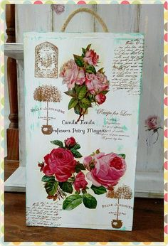 Caja de vino reciclada con Laminas Camila para decoupage, sellos y pintura en tiza Oh My Chalk!