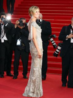 Heidi Klum attends the premiere for The Paperboy. The Project Runway host wears a Marchesa gown on the red carpet.