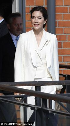 Princess Victoria and Mary put on another stylish display