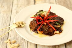 Asian Style Beef Short Ribs. Hearty ribs for you to eat easily at your desk. Enjoy our rich, slow cooked short ribs marinated in Asian deliciousness.
