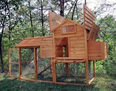 Purchase Your High Quality Apex Roofed Chicken Coop Today! Cheap Chicken Coops, Easy Chicken Coop, Chicken Home, Backyard Chicken Coops, Chicken Coop Plans, Building A Chicken Coop, Chickens Backyard, City Chicken, Backyard Patio