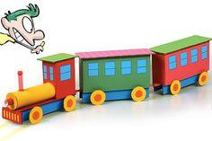 Piuíííí! Faça um trem de papelão para brincar de maquinista - http://abr.io/2tin