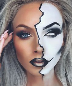 Creative makeup look – makeup products Crazy Halloween Makeup, Halloween Makeup Looks, Halloween Party, Halloween Eyeshadow, Halloween Costumes, Clown Makeup, Scary Makeup, Witch Makeup, White Eye Makeup