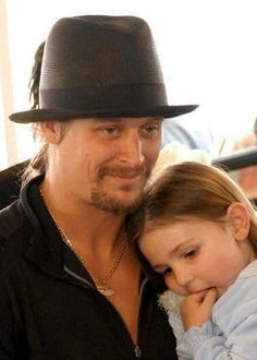 Kid rock This one touches my heart Videos Of Kids, Kid Rock Picture, Bret Michaels, Hank Williams Jr, Love My Man, Bob Seger, Music Bands, Music Music, Bruce Springsteen