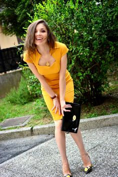 SummerCaffe: Perfect World of Style: Classy look with Violavinca Sandals! http://www.summercaffe.com/2014/07/perfect-world-of-style-classy-look-with.html