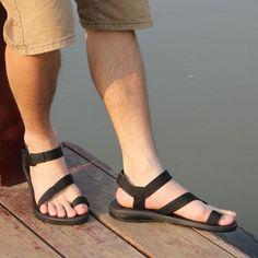 Sandals 2014, Toe Loop Sandals, Sport Sandals, Male Sandals, Women's Sandals, Stylish Shoes For Men, Stylish Sandals, Pretty Sandals, Plus Size Men