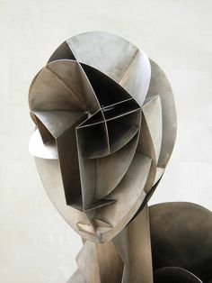 Russian-born American sculptor Naum Gabo was a pioneer of the Russian Constructivist art movement. His work utilized what is kno. Sculpture Projects, Art Projects, Frieze Magazine, Cubist Portraits, Art Graphique, Art Plastique, Teaching Art, Art History, Art Forms