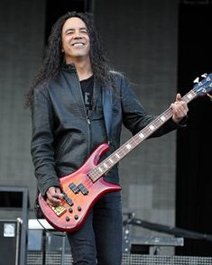 Mike Inez  📷 Chiaki Nozu Mike Inez, Mike Starr, Mike And Mike, Alice In Chains, Lineup, Music, Rockers, Badass, Seattle