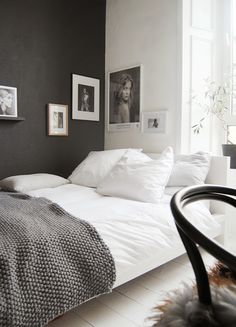 via BKLYN contessa :: simple white linens + textured blanket : interior palette a gradient from white to black