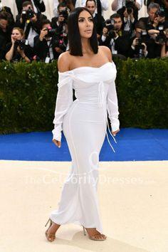 Kim Kardashian hit up the 2017 Met Gala in a white gown. White Long Sleeve Dress, Long Sleeve Evening Dresses, Evening Gowns, Wedding Dress Sketches, Balmain Dress, Babe, Celebrity Wedding Dresses, Shower Dresses, Two Piece Dress