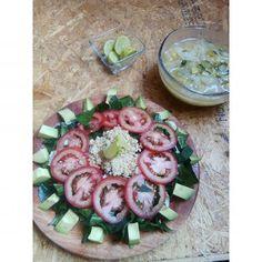 Ensalada & sopa de col !!! Del #UltraSisyReto  #saladlover #salad #vegan #plantbased #green #healthy #fitfood #govegan #vegansofig #quinoa #col #powerplant